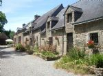 Country property with 2 houses and outbuildings near St Nicolas des Eaux