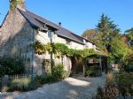 Two charming granite houses with outbuildings in Quistinic