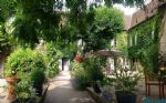 Beautiful large country house only 1 hour from Paris