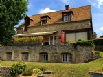 Beautiful house and grounds in Vetheuil