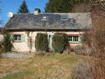 House with gite and land of 1999 m2. lovely views.