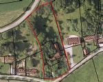 Large building plot of 4483m² with barns and stables to renovate