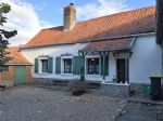 charming renovated farmhouse with courtyard in the Authie valley.