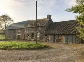 Old stone house to renovate, 1495 m² of land