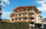 Ski In and Out 1 bedroom apartments in superb project right next to the cable car (A)
