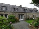 Set in a hamlet in the countryside, superb renovated 2/3 bed stone longere with 3 additionnal s
