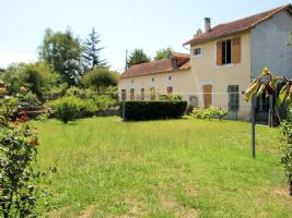 Village house 150m², 4 bedrooms, 945m² of land.