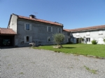 Renovated farmhouse with large outbuilding , rented appartment on 2.3