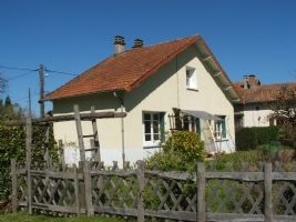 REDUCED Lovely house with pretty garden and land