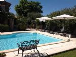 2 houses with garden, pool and garages