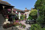 Entre Saint Antonin Noble Val et Cordes Magnifique propriété avec gîte et piscine