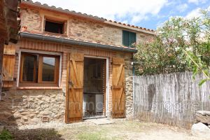 Village house for sale in Villelongue Dels Monts