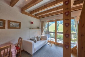 Three Bedroom Apartment in Les Perrieres, Les Gets