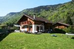 South Facing Chalet with Garden near Samoens