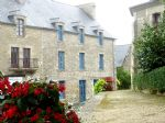 Plelan le petit: bel ensemble ancien hotel and maisonette ravissant garden