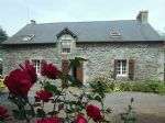 Pretty 3 bed stone house with swimming pool close to village