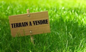 10 mn dinan in brittany : 19 building plots for sale between 458 and 803m2