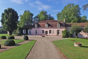 Confolens (16) -  A superb18th century château, 4 bedroom detached gatehouse, 4 bedroom house