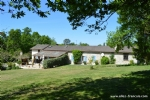(St Aulaye, 24) - A restored Farmhouse with annexe, heated pool, fishing lake and extensive grounds