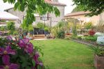 Bussière-Badil (Dordogne) - An immaculately maintained