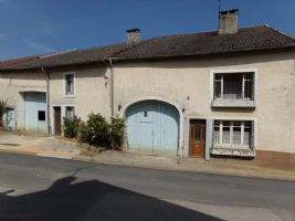 Nice double farm for sale in the Haute Marne.