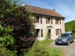 BARGAIN Detached house with garden in picturesque village and countryside.