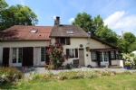 Detached house, nicely restored, with all necessary comfort, and more ! A beautiful garden.