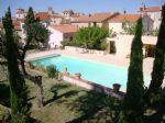 *Charming detached house with splendid pool and land