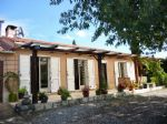 *Beautiful country house with a large garden and views