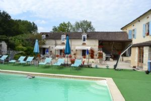 Gites business with restaurant and campsite
