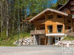 A modern 4 bedroom, 4 bathroom chalet in a ski in, ski out location not far from town.