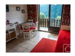 A spacious, nicely renovated studio apartment in the desirable Vonnes area of the village.