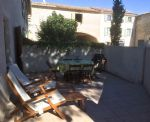 Charming village house, entirely renovated, with 1/2 bedrooms, courtyard and terrace.