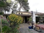 Pretty villa with independent apartement, on 4700 m² of which 1500 m² constructible.