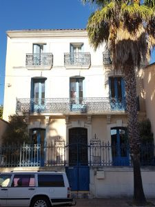 Superb maison de Maitre with 320 m² of living space and large courtyard at 5 min from Pézenas.