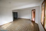 Briancon, Large 3 Bedroom Close To Shops And Hospital.