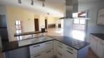 Maison plain-pied 4 chambres + bureau, véranda et garage, proche Valence et gare TGV