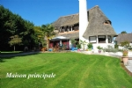 Two thatched houses - heated swimming pool - Blaru