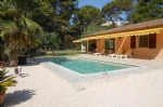 Villa one floor with pool - Antibes 750,000 €