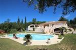 Large property - Bagnols-en-Foret 950,000 €