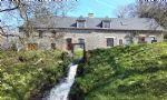 Un hameau de moulin à eau