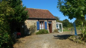 Pretty detached country cottage situated in a peaceful hamlet