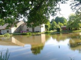Farmhouse for sale 3 bedrooms 73117m2 land ,Over 1 acre land