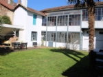 Townhouse, 4 bedrooms, garage, barn, 632m²