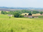 Big farm with its outbuildings and  numerous outbuildings on 5 Ha.