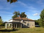 2 houses, 1 barn rural property on 5 hectares close to town!
