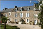 Close to dinan: elegant property with 2 gîtes and 4 beautiful and spacious guest
