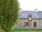 Jugon les lacs, pretty village house with low maintenance garden,