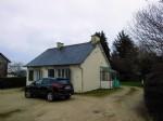 Plelan-le-petit; 2 bedroom bungalow easy walking distance to shops