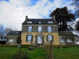 Uzel - magnificent 8 bedroom maison de maitre with outbuildings